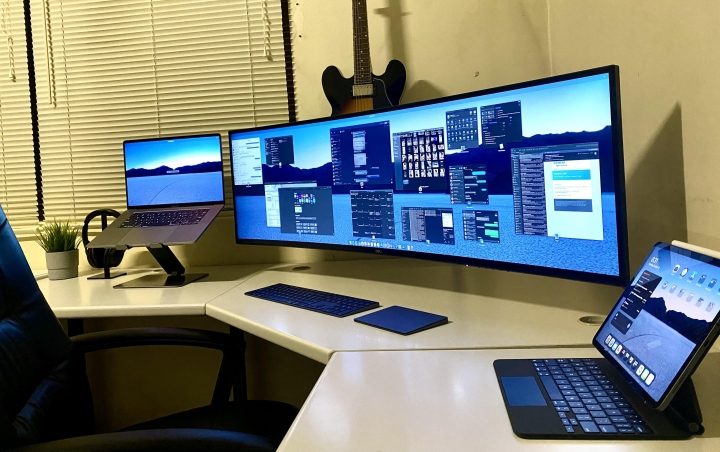 Show_Your_PC_Desk_UltlaWideMonitor_Part67_13.jpg