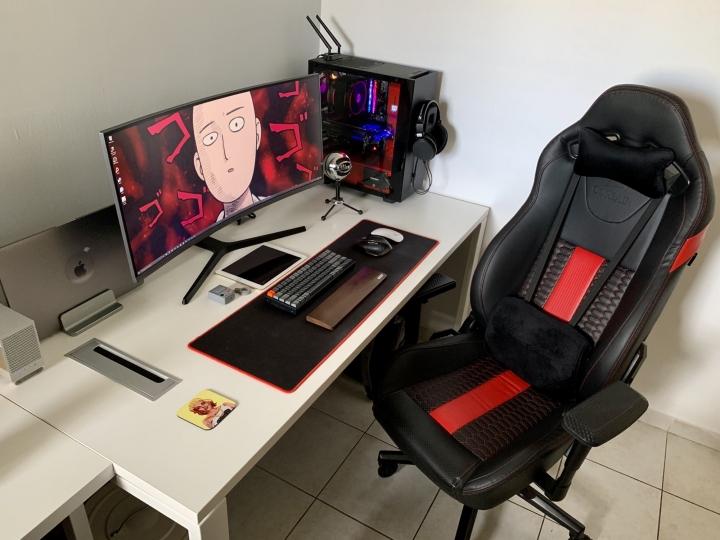 Show_Your_PC_Desk_UltlaWideMonitor_Part67_18.jpg