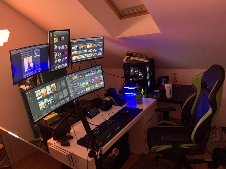 Show_Your_PC_Desk_UltlaWideMonitor_Part67_23.jpg
