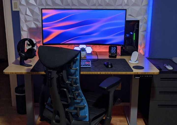Show_Your_PC_Desk_UltlaWideMonitor_Part67_27.jpg