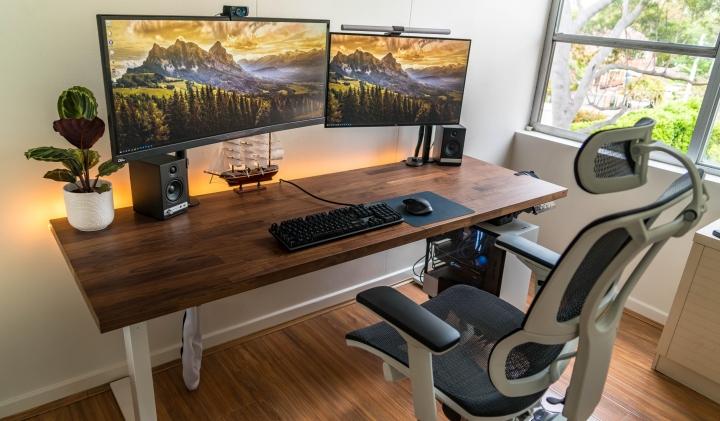 Show_Your_PC_Desk_UltlaWideMonitor_Part67_36.jpg