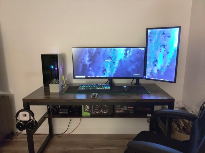 Show_Your_PC_Desk_UltlaWideMonitor_Part67_76.jpg