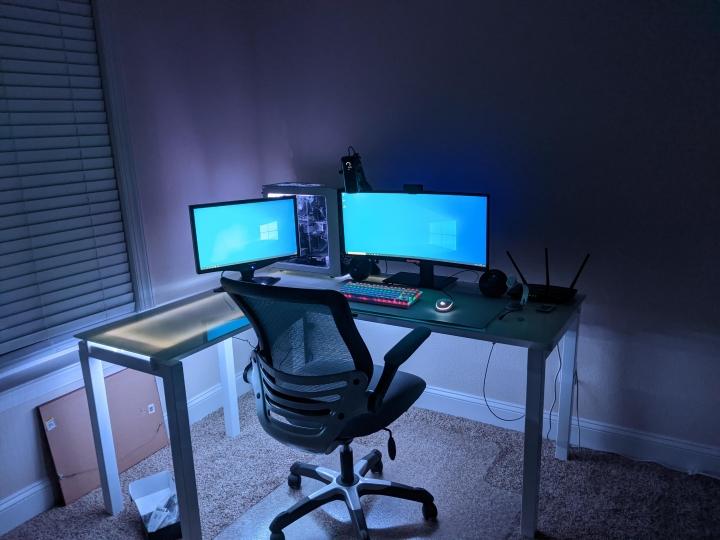 Show_Your_PC_Desk_UltlaWideMonitor_Part67_84.jpg