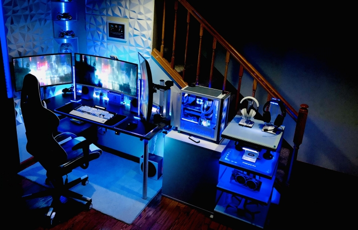 Show_Your_PC_Desk_UltlaWideMonitor_Part67_95.jpg