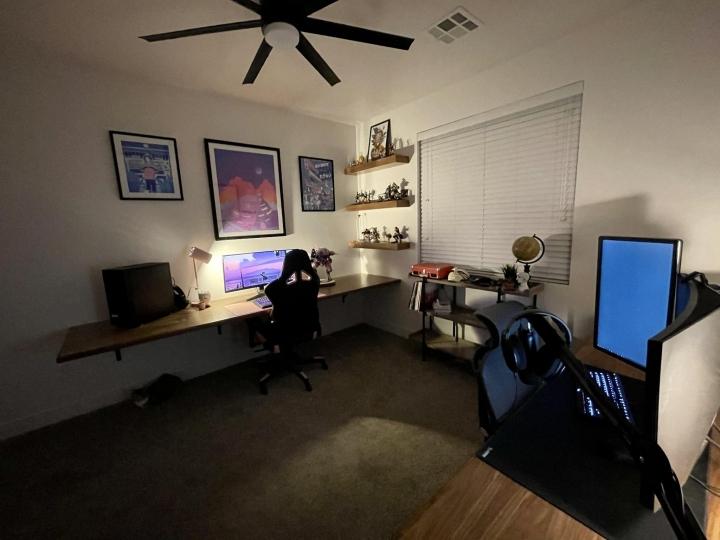 Show_Your_PC_Desk_UltlaWideMonitor_Part69_02.jpg