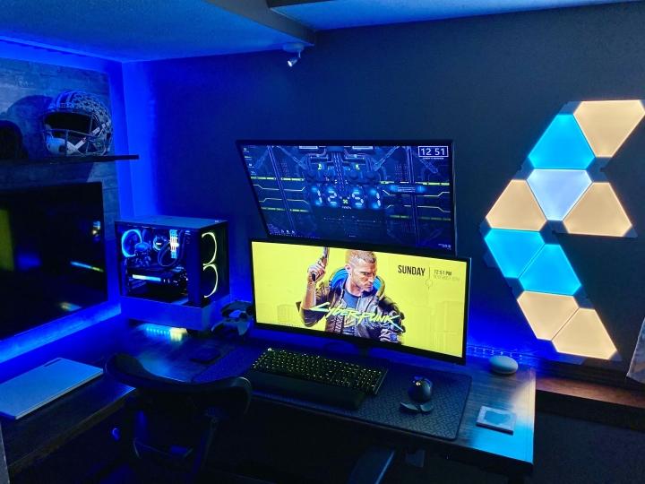 Show_Your_PC_Desk_UltlaWideMonitor_Part69_12.jpg