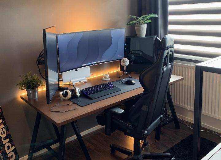 Show_Your_PC_Desk_UltlaWideMonitor_Part69_43.jpg