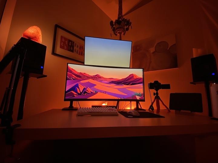 Show_Your_PC_Desk_UltlaWideMonitor_Part69_64.jpg