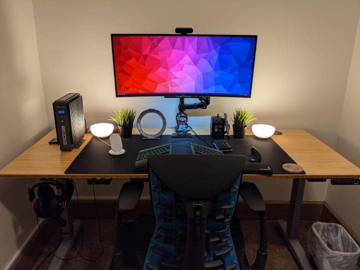 Show_Your_PC_Desk_UltlaWideMonitor_Part69_87.jpg