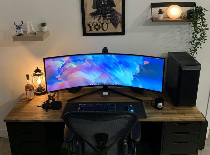 Show_Your_PC_Desk_UltlaWideMonitor_Part69_90.jpg