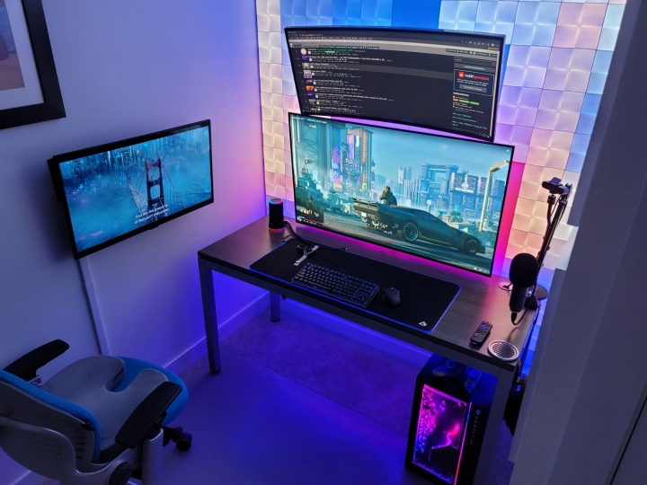 Show_Your_PC_Desk_UltlaWideMonitor_Part70_12.jpg
