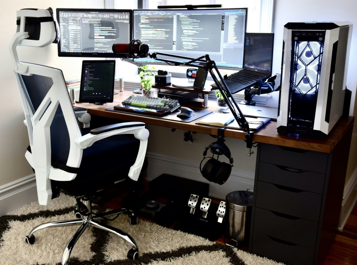 Show_Your_PC_Desk_UltlaWideMonitor_Part70_28.jpg