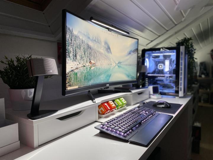 Show_Your_PC_Desk_UltlaWideMonitor_Part70_32.jpg