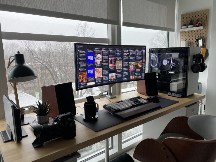 Show_Your_PC_Desk_UltlaWideMonitor_Part70_42.jpg