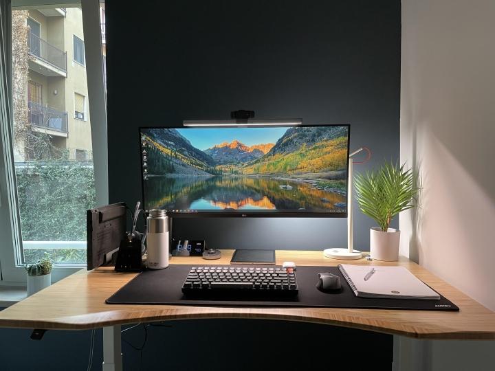 Show_Your_PC_Desk_UltlaWideMonitor_Part70_55.jpg