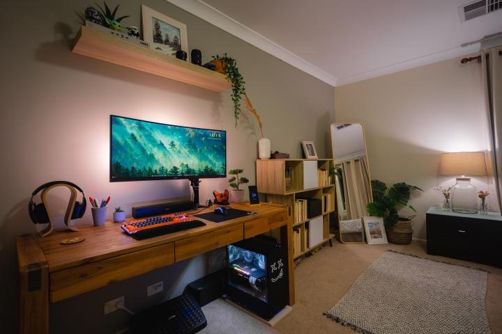 Show_Your_PC_Desk_UltlaWideMonitor_Part70_66.jpg