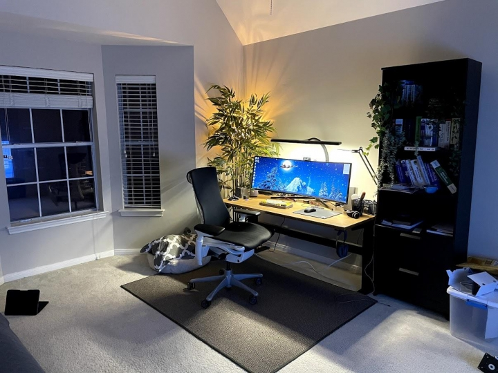 Show_Your_PC_Desk_UltlaWideMonitor_Part70_78.jpg