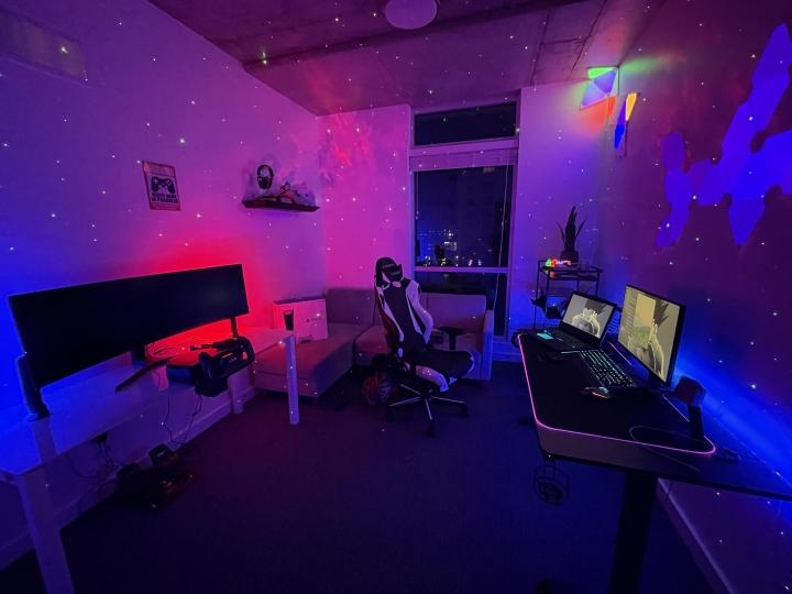 Show_Your_PC_Desk_UltlaWideMonitor_Part70_79.jpg