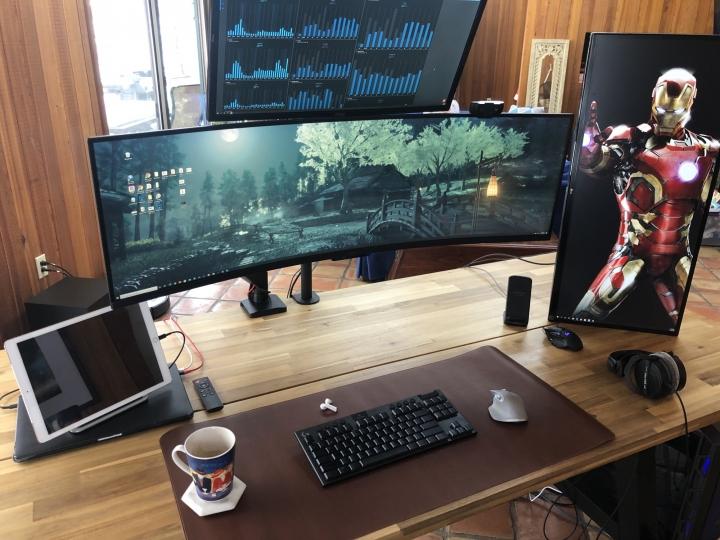 Show_Your_PC_Desk_UltlaWideMonitor_Part70_80.jpg