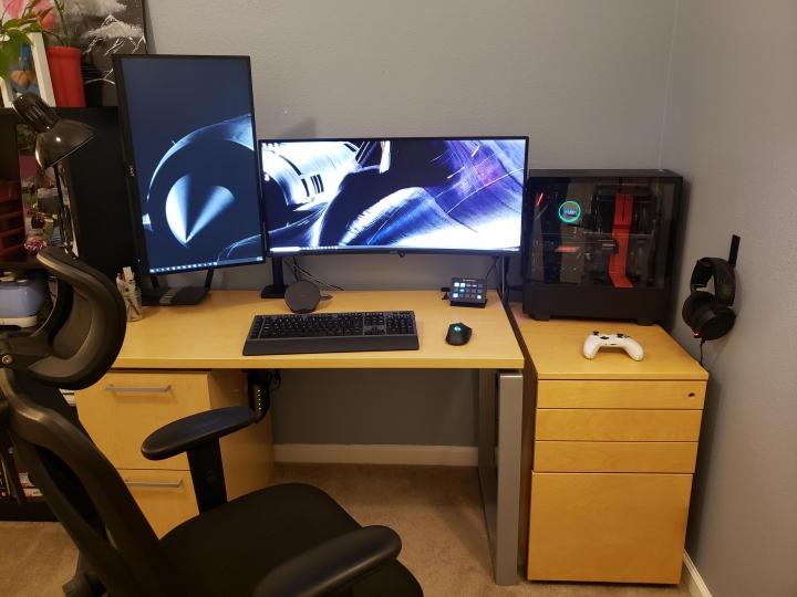 Show_Your_PC_Desk_UltlaWideMonitor_Part70_92.jpg