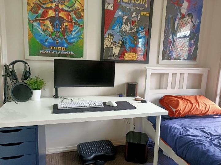 Show_Your_PC_Desk_UltlaWideMonitor_Part70_97.jpg