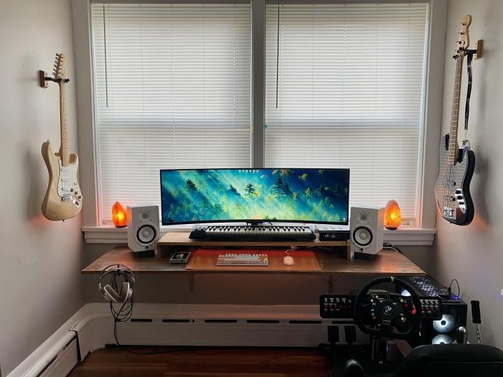 Show_Your_PC_Desk_UltlaWideMonitor_Part71_37.jpg