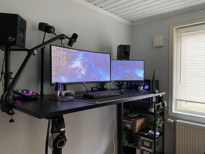 Show_Your_PC_Desk_UltlaWideMonitor_Part71_49.jpg