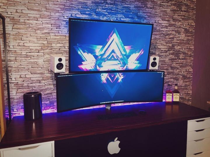 Show_Your_PC_Desk_UltlaWideMonitor_Part71_51.jpg