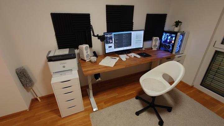 Show_Your_PC_Desk_UltlaWideMonitor_Part71_58.jpg