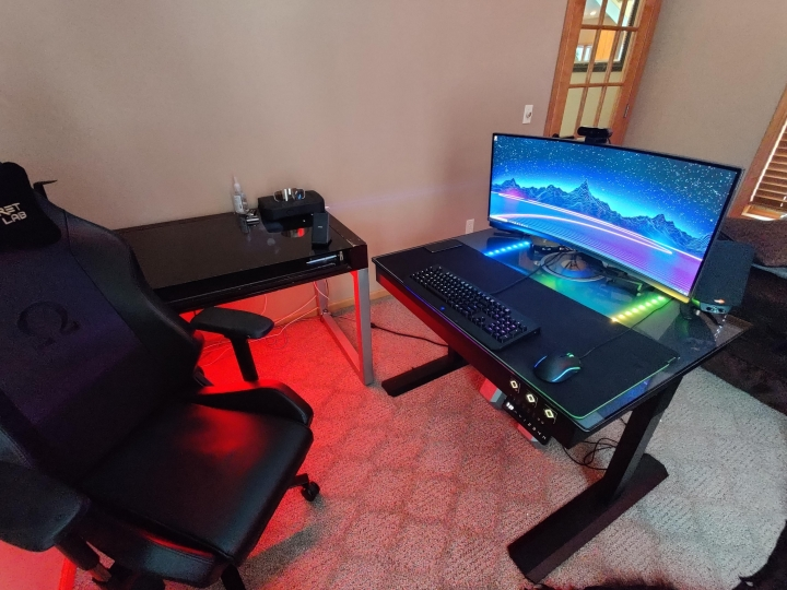 Show_Your_PC_Desk_UltlaWideMonitor_Part71_80.jpg