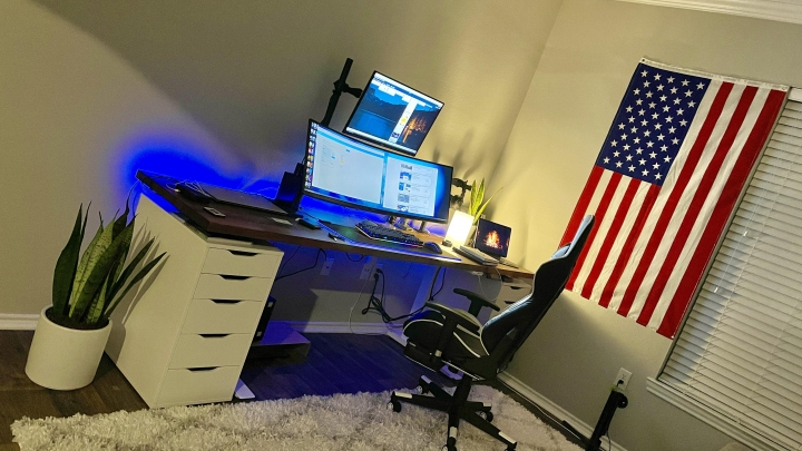 Show_Your_PC_Desk_UltlaWideMonitor_Part72_16.jpg