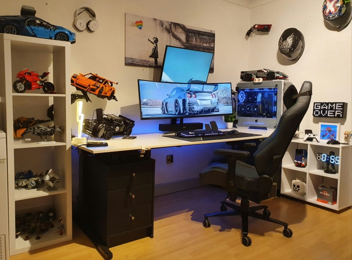 Show_Your_PC_Desk_UltlaWideMonitor_Part72_37.jpg