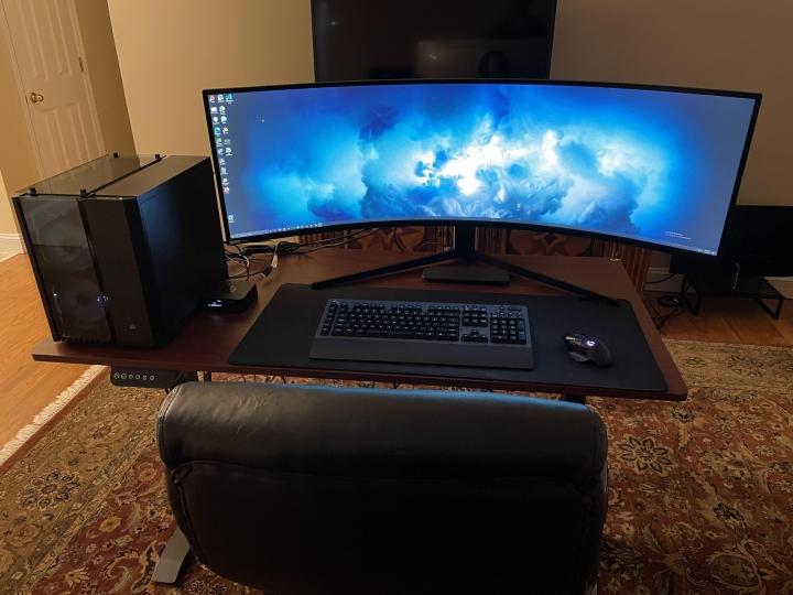 Show_Your_PC_Desk_UltlaWideMonitor_Part72_74.jpg