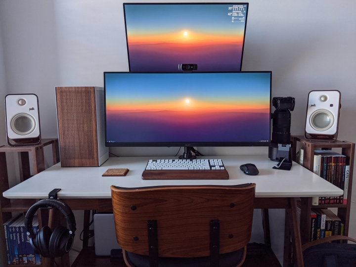 Show_Your_PC_Desk_UltlaWideMonitor_Part72_77.jpg