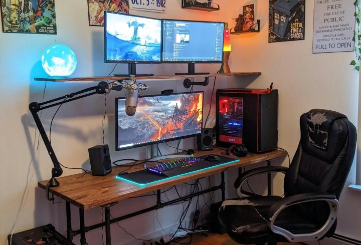 Show_Your_PC_Desk_UltlaWideMonitor_Part72_88.jpg