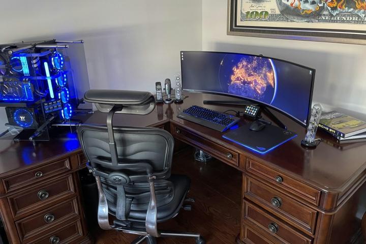 Show_Your_PC_Desk_UltlaWideMonitor_Part73_01.jpg