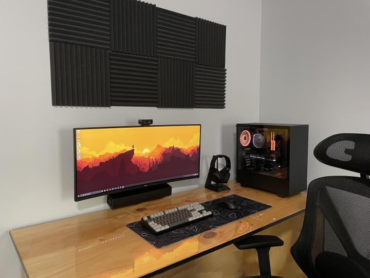 Show_Your_PC_Desk_UltlaWideMonitor_Part73_14.jpg