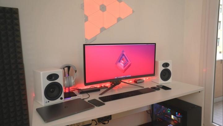 Show_Your_PC_Desk_UltlaWideMonitor_Part73_30.jpg