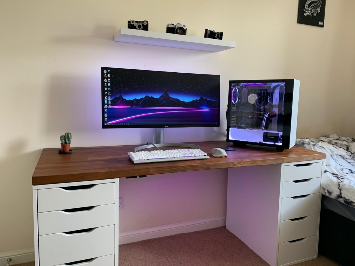 Show_Your_PC_Desk_UltlaWideMonitor_Part73_57.jpg