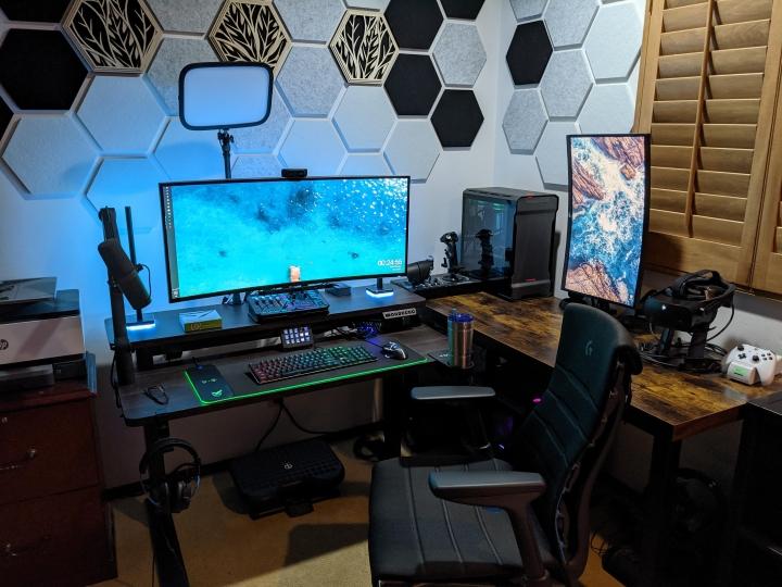 Show_Your_PC_Desk_UltlaWideMonitor_Part73_63.jpg