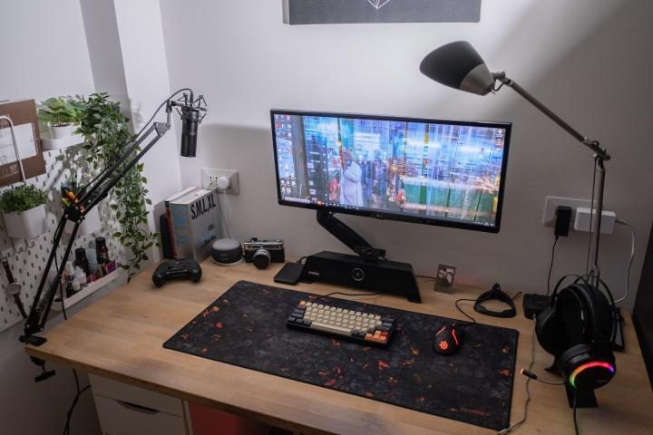 Show_Your_PC_Desk_UltlaWideMonitor_Part73_67.jpg