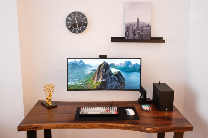 Show_Your_PC_Desk_UltlaWideMonitor_Part74_39.jpg