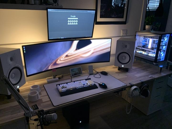 Show_Your_PC_Desk_UltlaWideMonitor_Part74_50.jpg