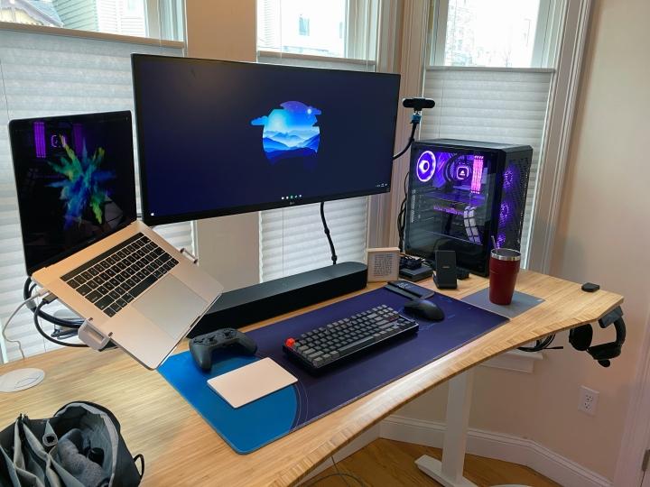 Show_Your_PC_Desk_UltlaWideMonitor_Part74_81.jpg