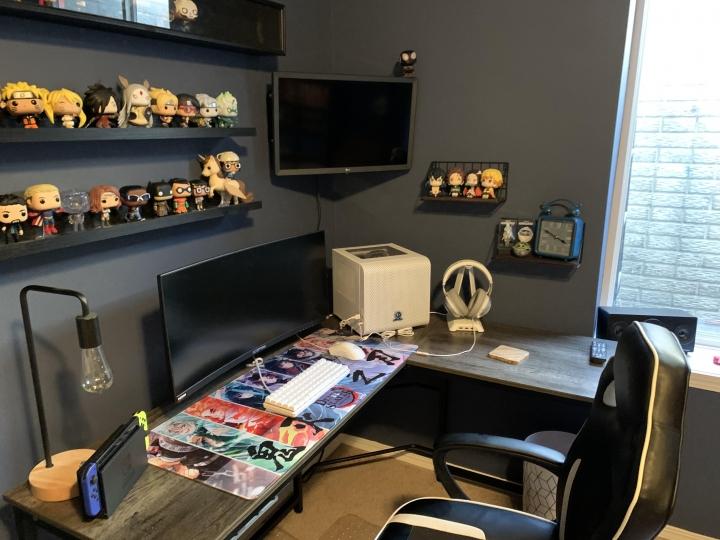 Show_Your_PC_Desk_UltlaWideMonitor_Part75_09.jpg