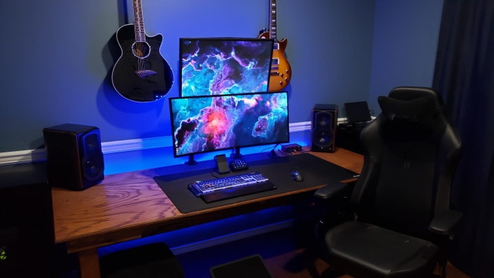 Show_Your_PC_Desk_UltlaWideMonitor_Part75_39.jpg
