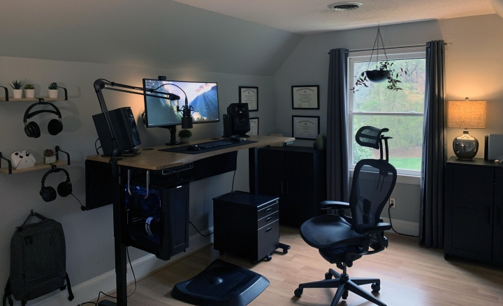 Show_Your_PC_Desk_UltlaWideMonitor_Part75_44.jpg