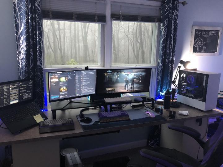 Show_Your_PC_Desk_UltlaWideMonitor_Part75_58.jpg