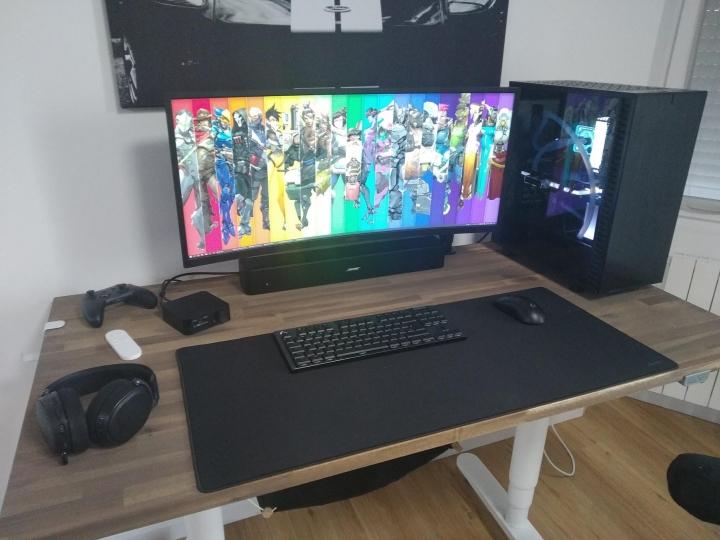 Show_Your_PC_Desk_UltlaWideMonitor_Part75_71.jpg