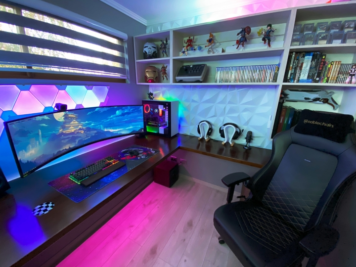 Show_Your_PC_Desk_UltlaWideMonitor_Part75_74.jpg